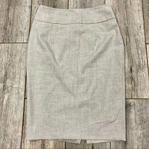 🎆 Mossimo Light Gray Pencil Skirt
